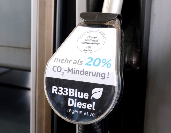 R33 BlueDiesel_Shell Global Solutions