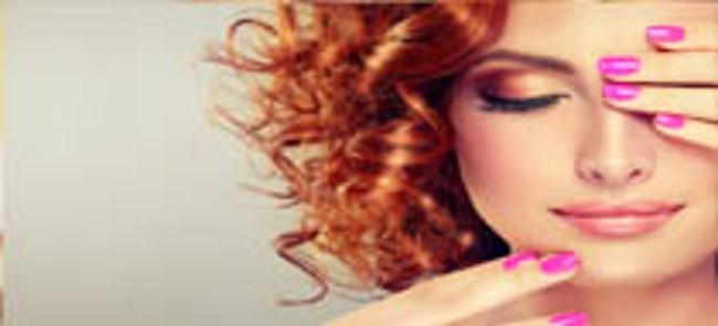 red hair woman with pink nails